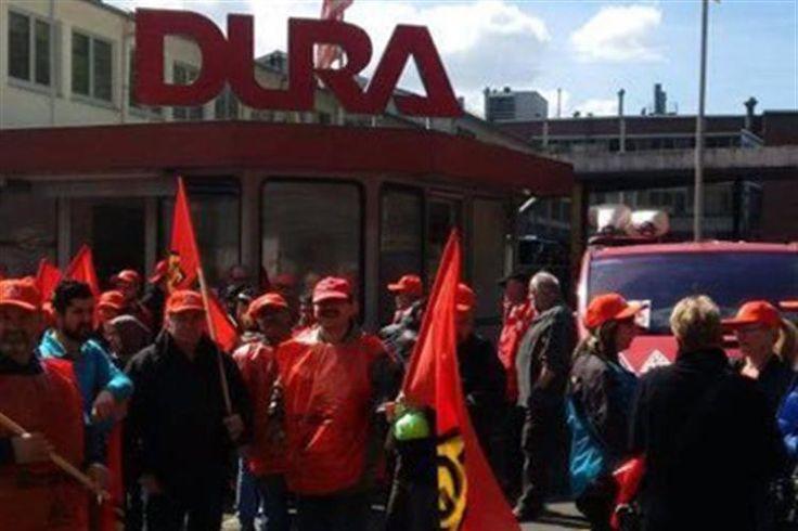 Cerca de 300 trabalhadores portugueses de uma multinacional no Carregado foram transferidos para a Alemanha para cobrirem turnos de fim de semana e foram recebidos com protestos dos colegas alemães à chegada à fábrica