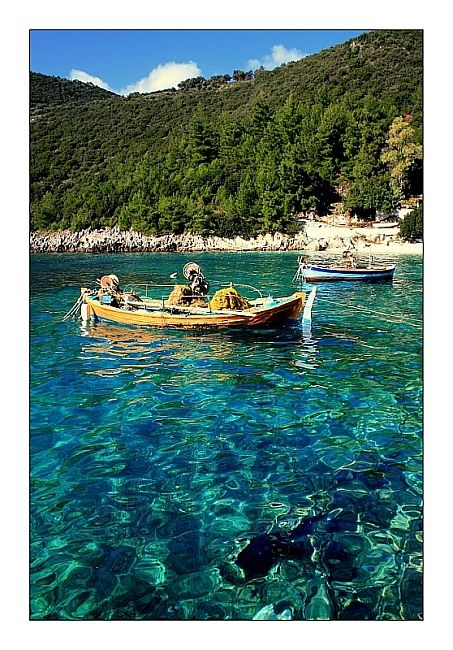 Afteli Bay is a very small but lovely place in the south part of Lefkada