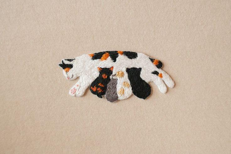 刺繍ワッペン,刺繍バッジ,手刺繍,手作り,猫,ネコ,親子