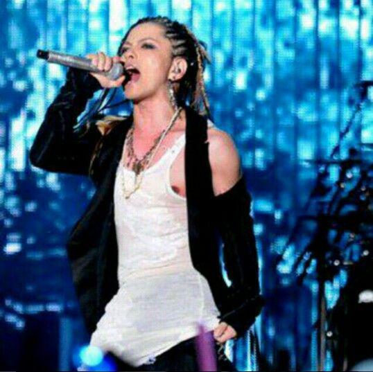 L'Arc~en~Ciel World Tour Live in Jakarta 2012 ♥