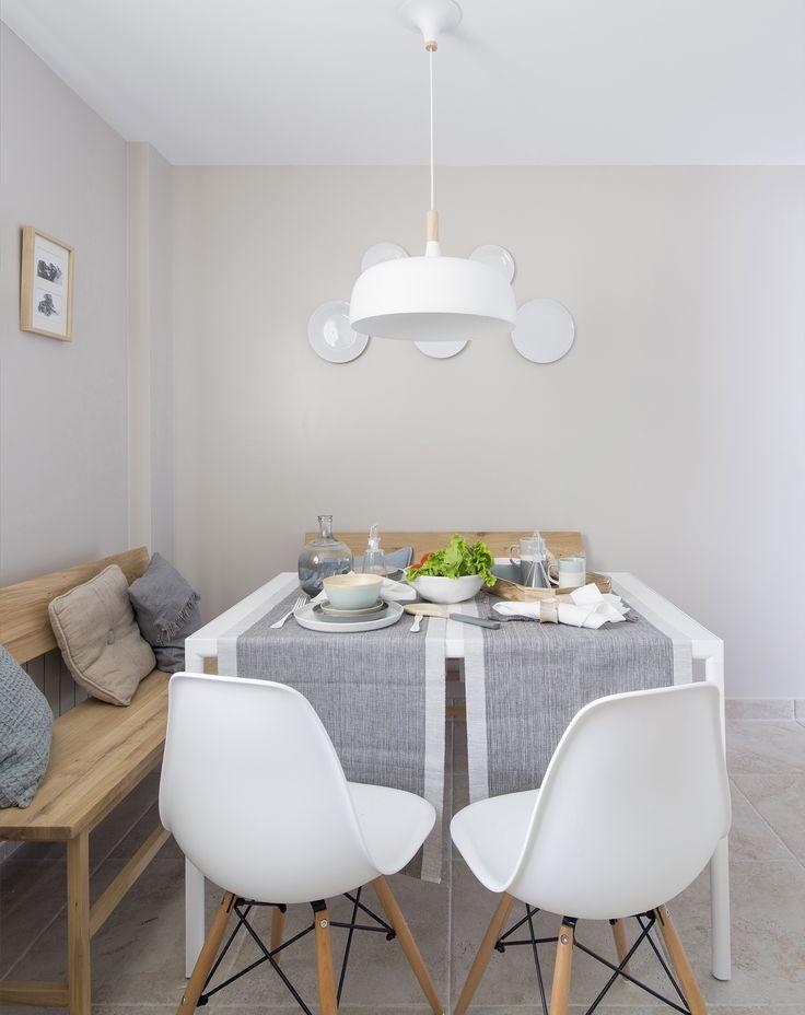 office cocina en vivienda ntegramente reformada por natalia zubizarreta en gernika vizcaya bancos