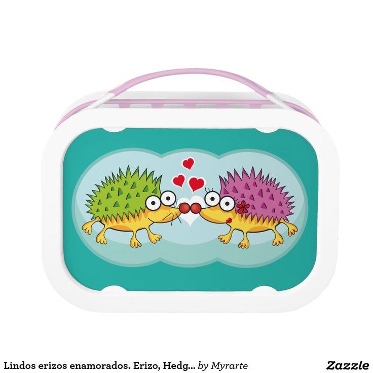 Lindos erizos enamorados. Erizo, Hedgehog. Producto disponible en tienda Zazzle. Product available in Zazzle store. Regalos, Gifts. Link to product: http://www.zazzle.com/lindos_erizos_enamorados_erizo_hedgehog_lunch_box-256381984593618850?CMPN=shareicon&lang=en&social=true&rf=238167879144476949 Día de los enamorados, amor. Valentine's Day, love. #ValentinesDay #SanValentin #love #lonchera #LunchBox #erizo #hedgehog