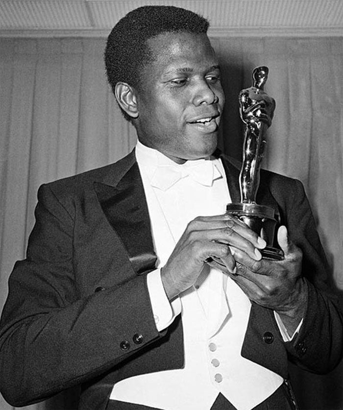 "April 13, 1964 - At the Academy Awards, Sidney Poitier becomes the first African-American male to win the Best Actor award for the 1963 film ""Lilies of the Field"""