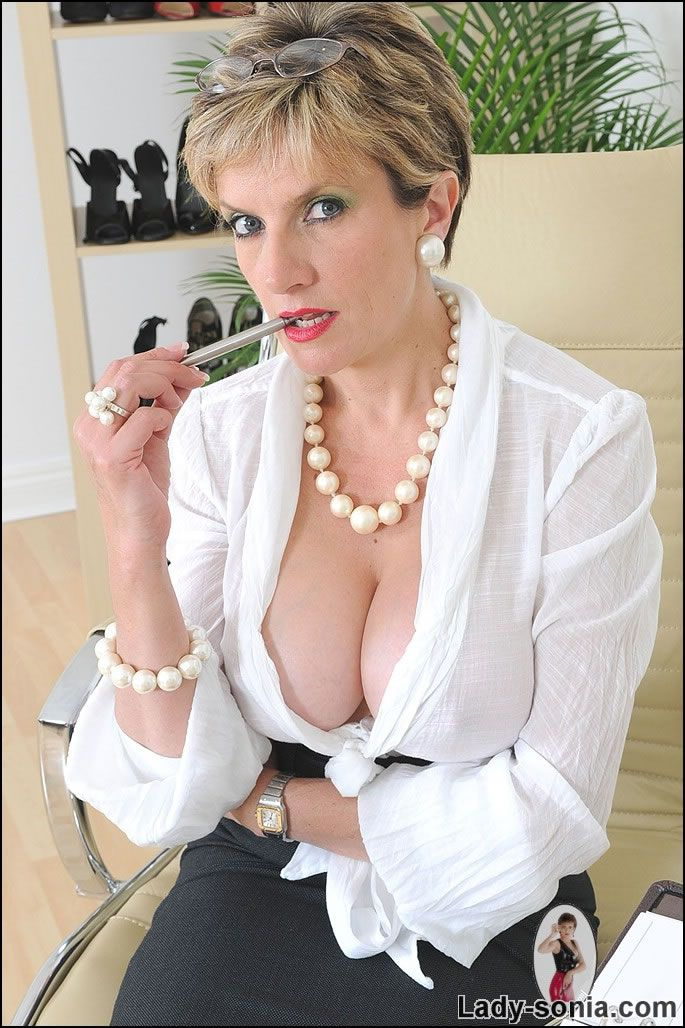 Huge tits small nipples-4871