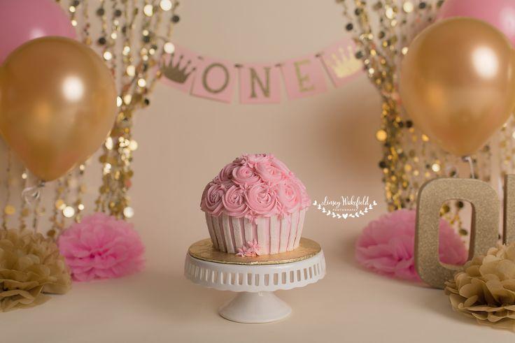 cake smash, cake smash session, pink and gold cake smash, first birthday, milestone session (Cake Smash)