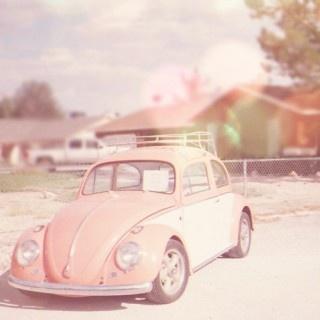 Pink vintage Volkswagen Beetle <3 [My dream car! - Mini Van]