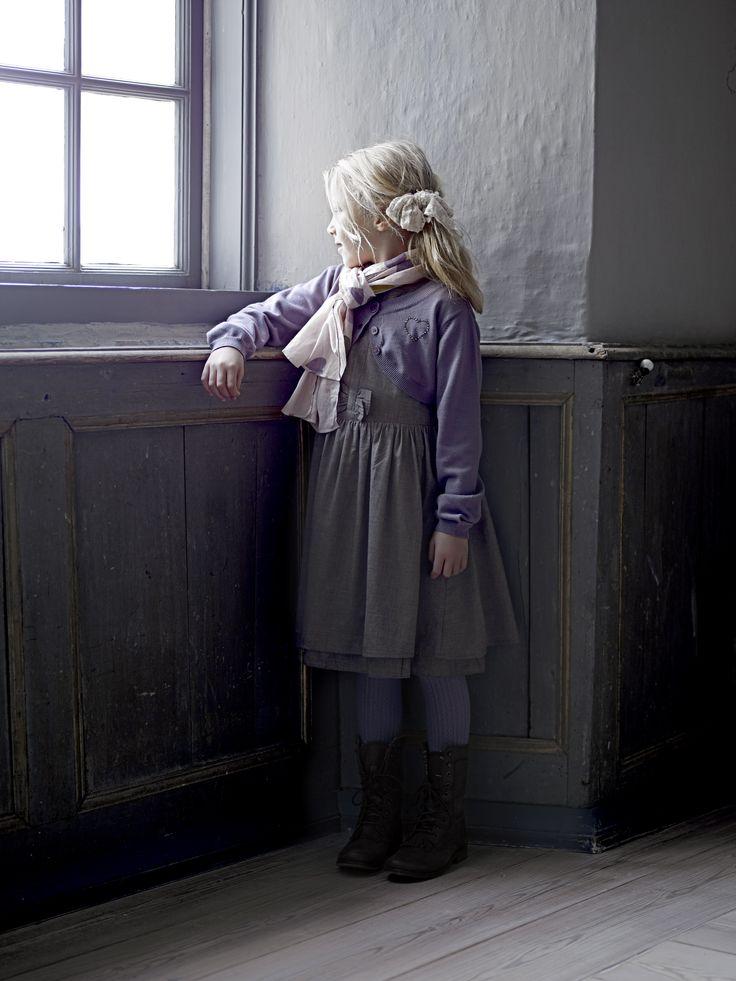 Gitte Dress Creamie à € 49,95 Kate Cardigan Creamie à € 34,95 Benadikte Stockings Creamie à € 19,95 Sørine scarf Creamie à € 14,95 Dit hele Creamie outfit is te bestellen bij www.1001dromen.com