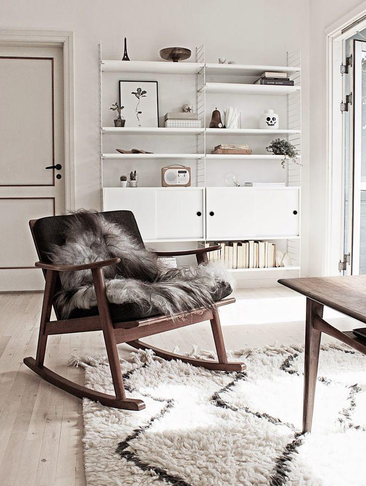 scandinavian interior, string shelving system, west elm souk rug http://www.scandinavianlovesong.com/