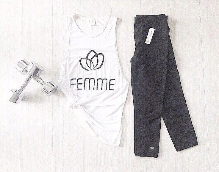 Workout Essentials { Monochrome Tones } #femmebodyactive #movewithpurpose