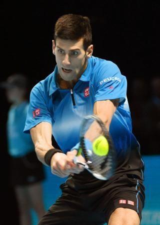 シングルス決勝 ロジャー・フェデラーにストレート勝ちしたノバク・ジョコビッチ=ロンドン(共同) ▼23Nov2015共同通信 ジョコビッチ、史上初の4連覇 テニスのATPファイナル http://this.kiji.is/41703931163934721?c=39546741839462401
