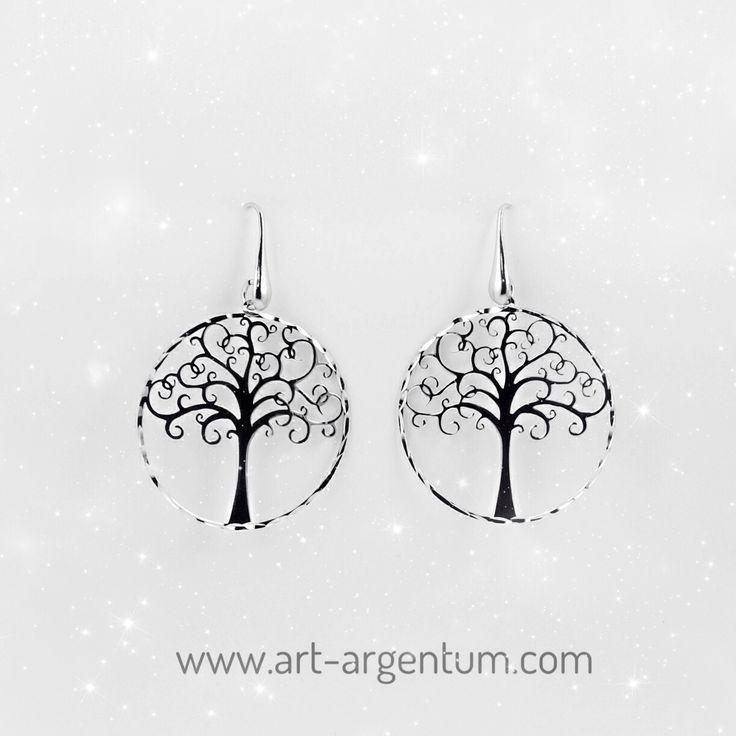 Brincos em Prata simbolizando a Árvore da Vida. #brincos #prata #arvoredavida.  Encomendas: info@art-argentum.com