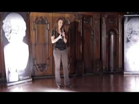 Presentación de 'Garden Manor. Juega comigo' de Malenka Ramos en Madrid - YouTube