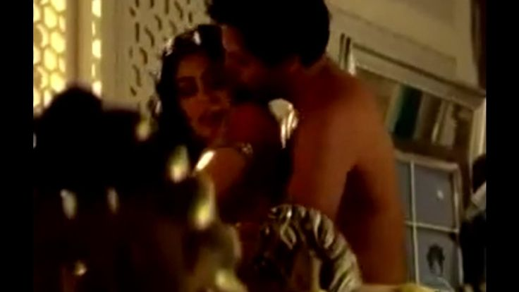 Maya & Raj Hot Indian LOVE STORY - Indian Movie Scene - HOT MOMENTS