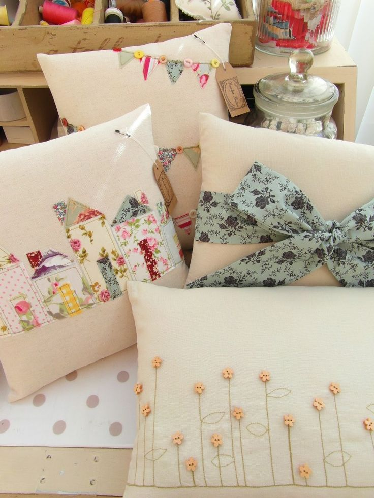Love this bunting cushion!