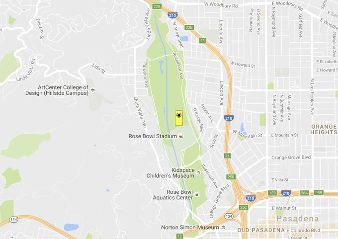 Snapchat Spectacle vending bot lands at the Rose Bowl Stadium in Pasadena