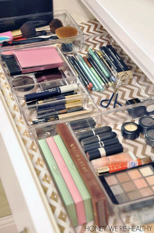 UHeart Organizing: Making Up Pretty Organization. Do this to the master bath drawers. Paper is Target wrapping paper.