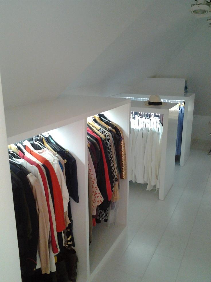 Garderobe kast woonhuis in het Gooi - door David Interieurbouw ism Clairz
