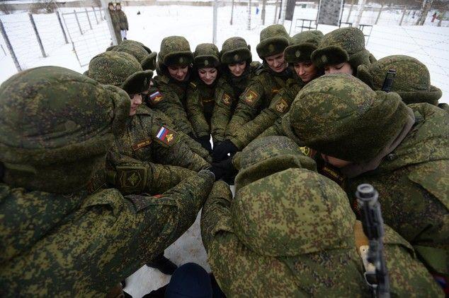 El arma más poderosa de Rusia: la belleza de sus mujeres soldado