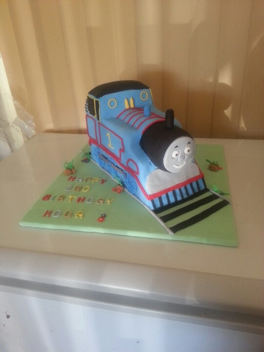 Thomas the tank engine cake.