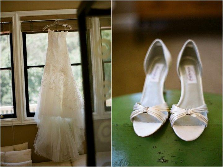 Белые свадебные туфли, без бретелек свадебное платье, Kunde родовом имении, Napa Калифорния, Таня Lippert фотография, Эми Берк Проекты