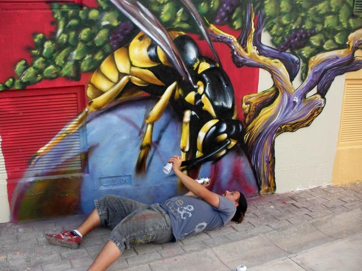 graffiti avispa, por nauni69