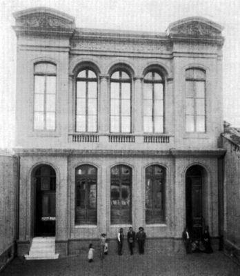 1930 Edificio de la sociedad de canalistas de Santiago