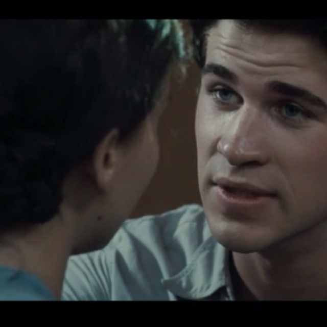 New Katniss and Gale clip just released! Not much of a spoiler since it's only about 35 seconds long. But wow, Liam's good in this part! I think he'll be the perfect Gale: http://news.moviefone.com/2012/03/19/hunger-games-clip-katniss-gale_n_1365031.html