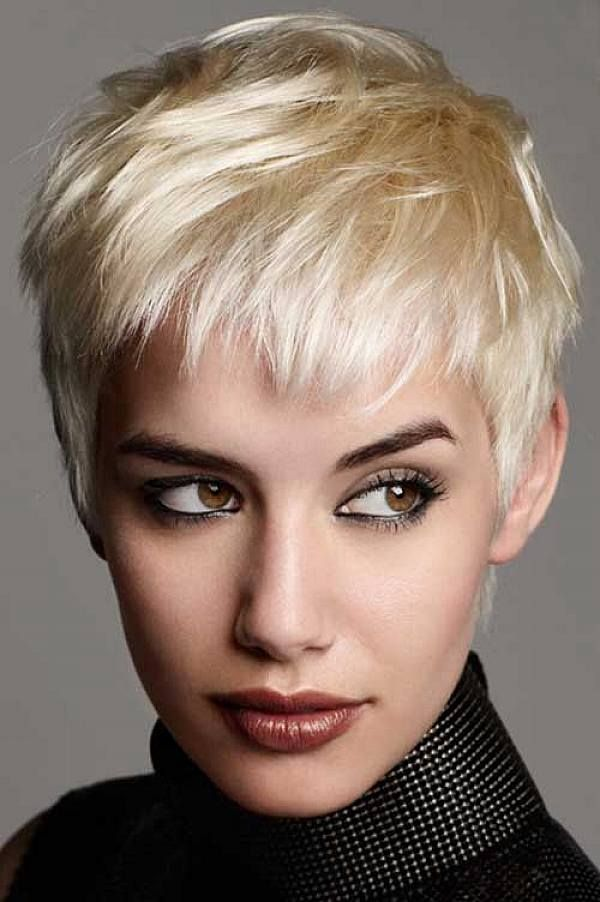 Choppy cuts are a lot of fun and visually appealing. We personally recommend them for straight hair although they're pretty cool on all hair textures.
