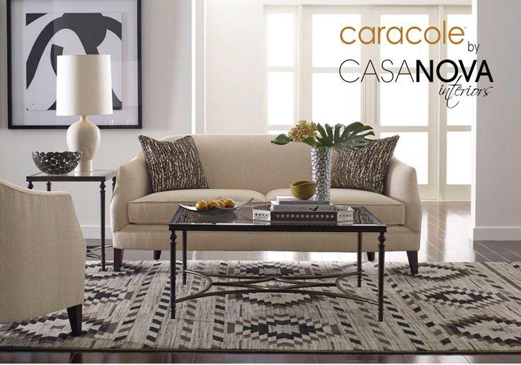 Su tamaño perfecto y color neutro, lo hacen versátil para cualquier lugar. #Sofá #Caracole #DescuentoEspecial
