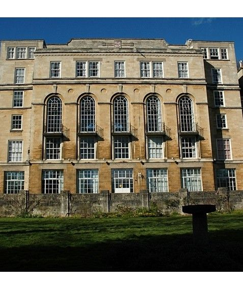 University of Bristol is continuing its commitment to the refurbishment of its Halls of Residences by specifying Quadrant Carpets to supply 1800m2 of Powerbond sheet flooring across all six stories of the Manor Hall residence, which houses up to 140 Students.