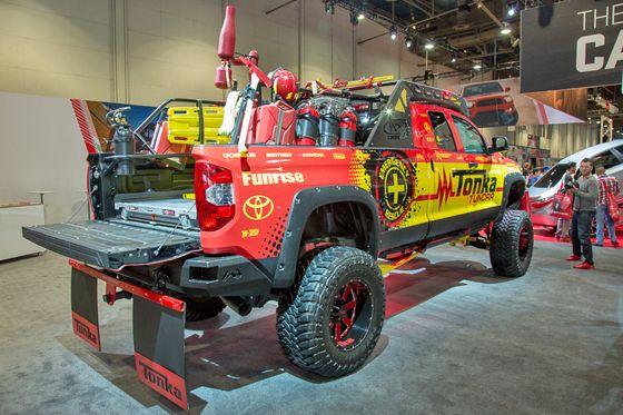 SEMA: Toyota Triples Booth Size, Highlights Big Trucks ...
