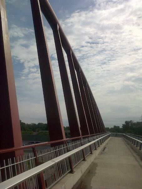 Hamilton, Ontario's Red Hill Valley trails - foot bridge over the QEW to Lake Ontario