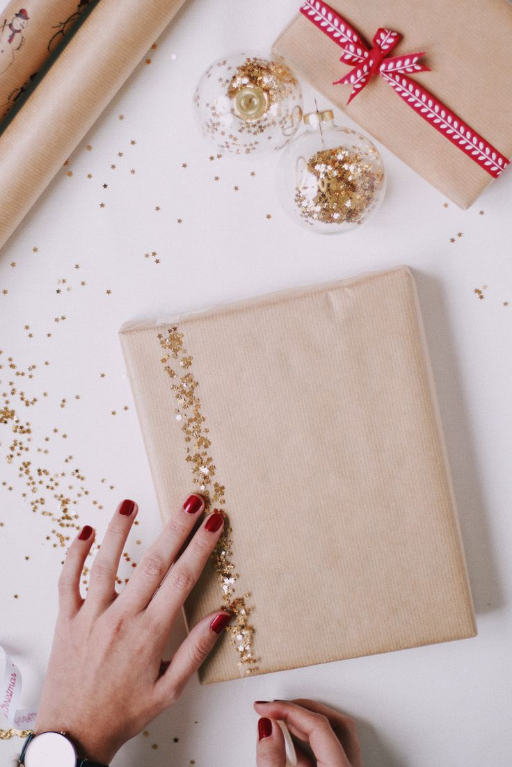 3 DIY Christmas Wrapping Ideas // Notes from Joana