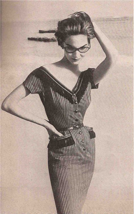 Dress by Mollie Parnis - 1953 - Spectacles by Lugene - Photo by Richard Avedon