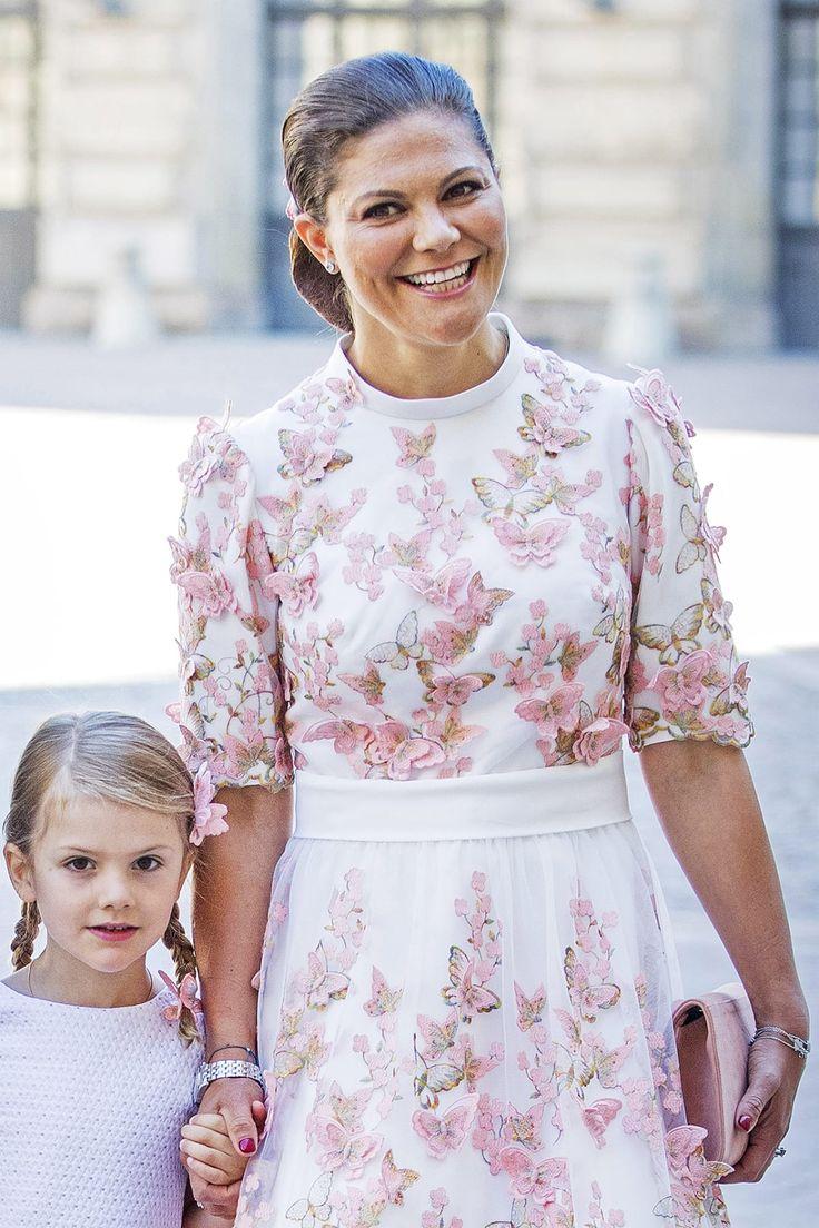 Prinsessa Victoria ja Estelle-tytär.