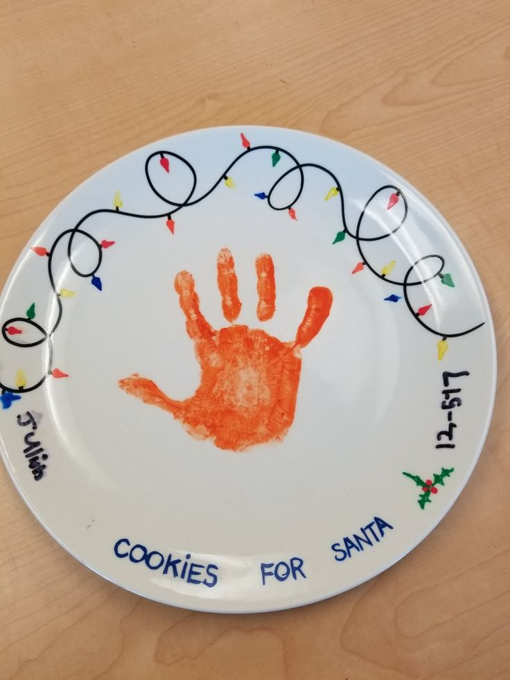 My student's Xmas project this year. Cookies for Santa plate