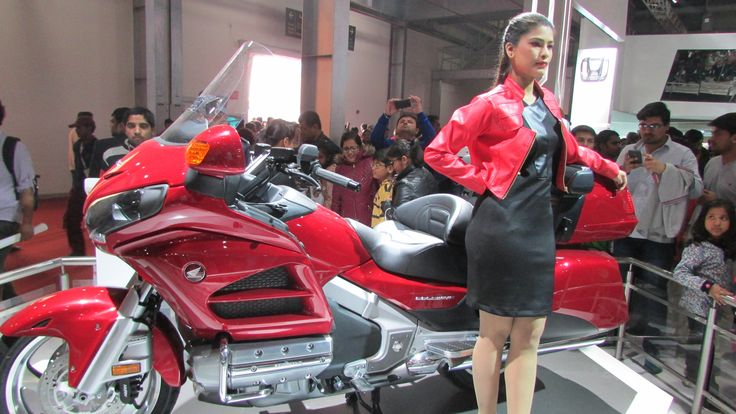 Get The Contact List of Honda Motor Bike Showrooms in