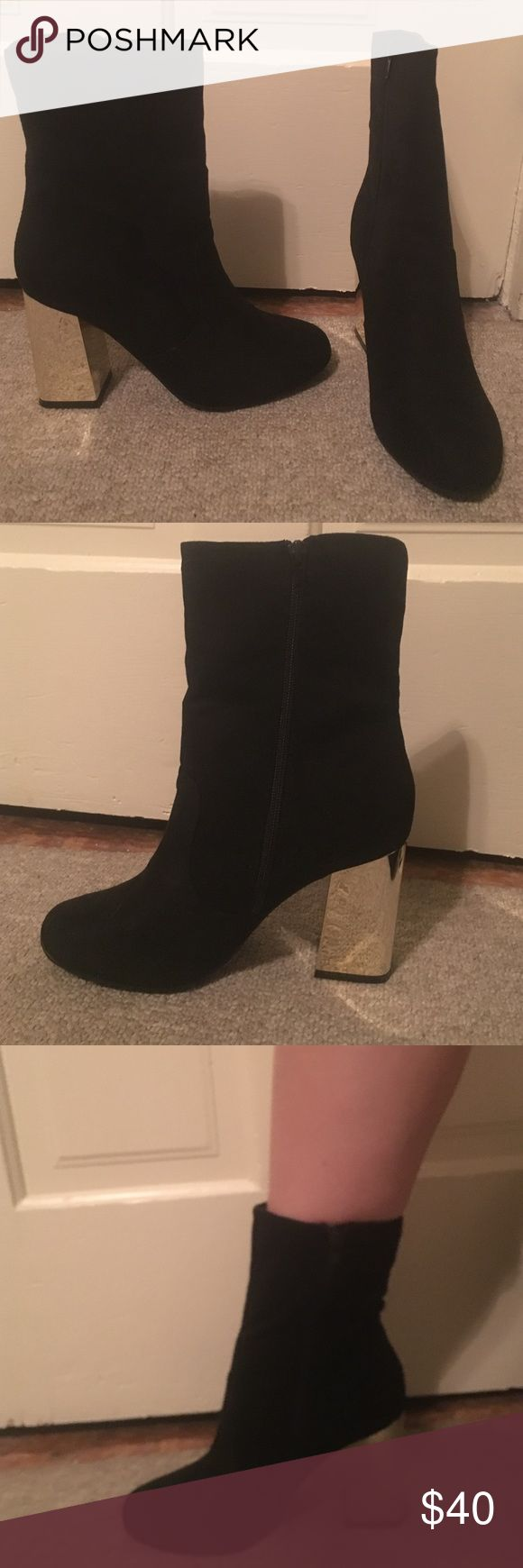 Black and gold sock bootie I'm selling never worn, still in the box black and gold sock booties. I bought two on accident. Heel is 3.75 inches size US9. British brand, boohoo. No offers, trying to get my money back. Boohoo Shoes Ankle Boots & Booties