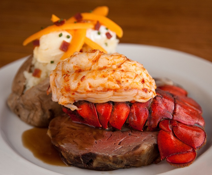 Steak & tail- #CanyonCreek Chophouse #lobster and #steak dinner #food @SavourTheSeason #squareoneshoppingcentre