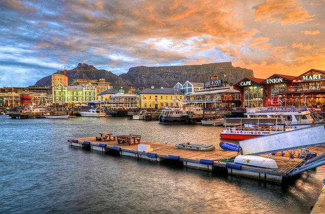 The V&A Waterfront boasts all the best views! Look at that. It's magic for the eyes.