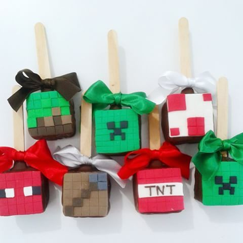 Pão de Mel no palito decorado Minecraft #paodemeldecorado #paodemelnopalito #paodemel #docesdecorados #docespersonalizados #festamenino#minecraft
