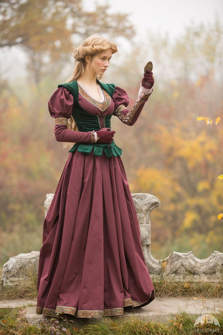 Best 25 Medieval Clothing Ideas On Pinterest Medieval