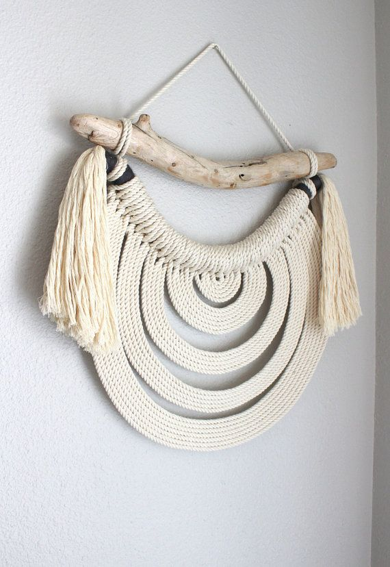 Macrame Wall Hanging Energy Flow no.38 by HIMO ART One por HIMOART