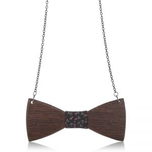 http://www.brandbags.gr/brands/27-wooden-accessories.html