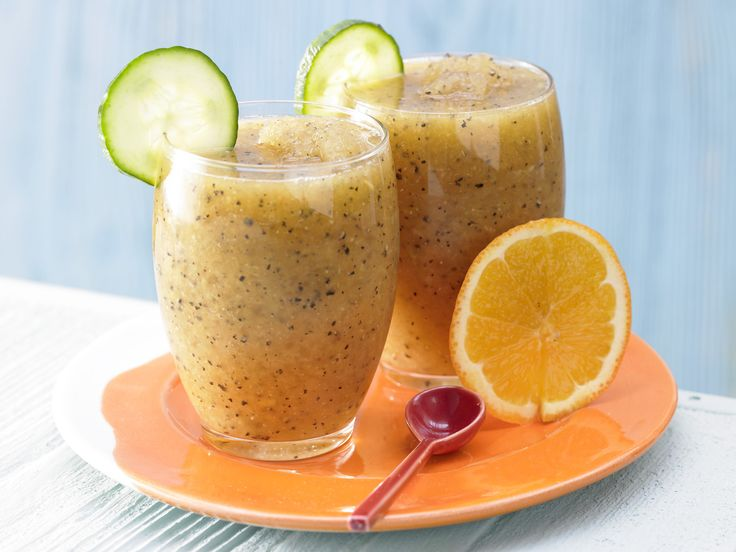 Exotischer Gurken-Drink - mit Papaya und Orange - smarter - Kalorien: 125 Kcal - Zeit: 10 Min.   eatsmarter.de