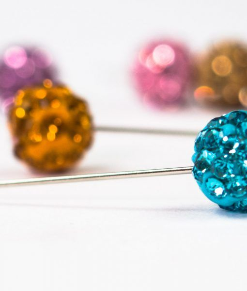 Globe pins in a variety of colours to make you hijabs look good and stay in place. #Globe #Pins #Hijab #Scarf