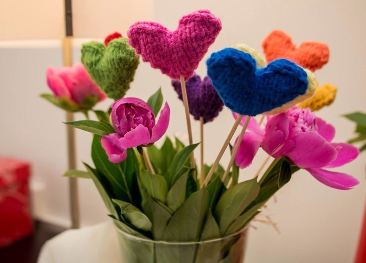 Knitted hearts and peonies