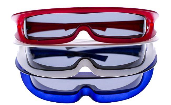Pierre Cardin lança modelo de óculos futurista