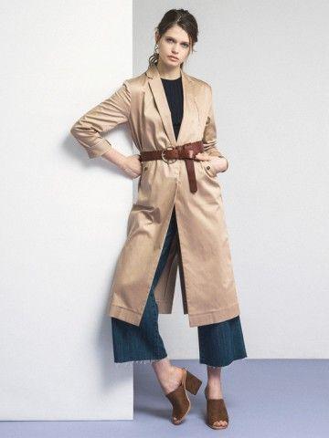 ウエストはベルトでカチッと閉めて上品さをプラスして。ガウントレンチコートのコーデ、スタイル・ファッションの着こなし♪