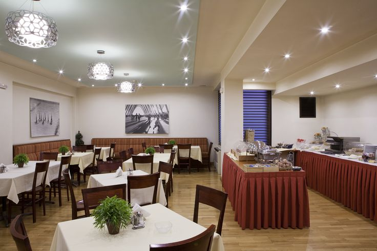 The bright restaurant at Hotel Hermes is used for breakfast from 6.30am until 10.30pm. Our full buffet breakfast offers freshness and quality in our choices along with Greek yogurt, honey, fruit salad, home made marmalades, eggs, sausages, cereals, croissants, fruit, and many others Greek sweets. #Plaka #Athens #Hotel #Hermes